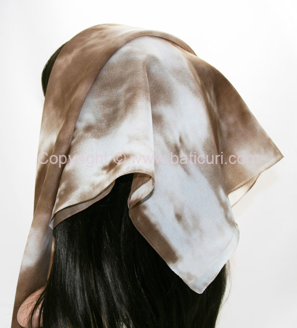 117-05 Large Polyester Ombre Italian Scarves -Ivory/brown