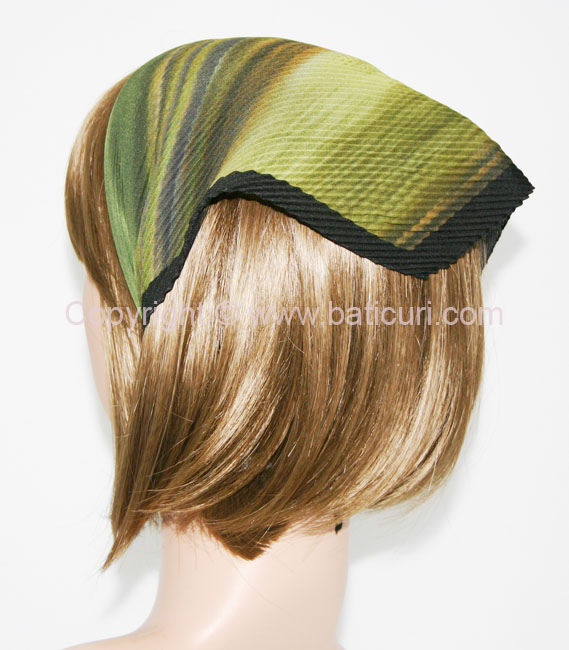 115-89 Italian Pleated Striped Ombre & border-Green
