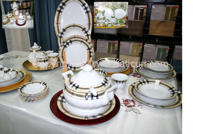 Dinner Set-Plaid design (8 person-51 pcs) - Click Image to Close