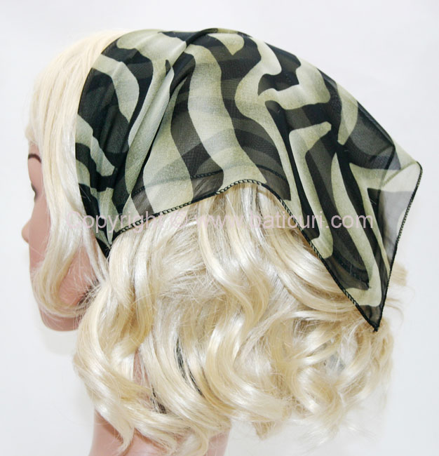 136-66 Light green with black Swirls