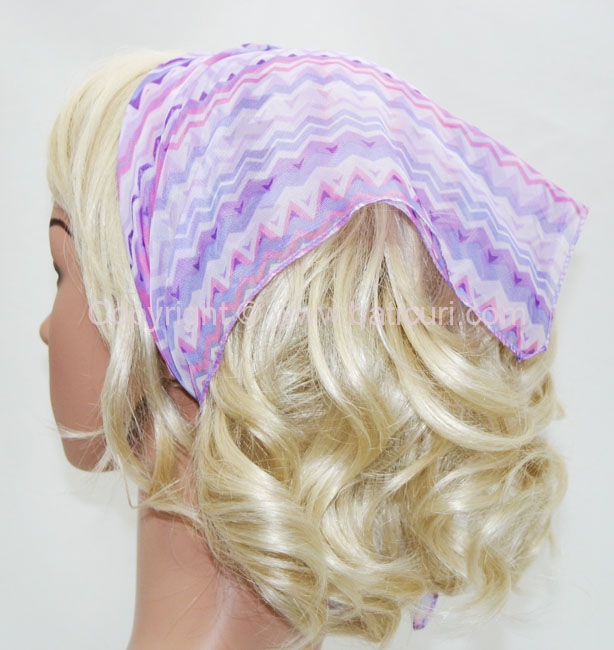136-116 Purple with medium zig zag mixed lines