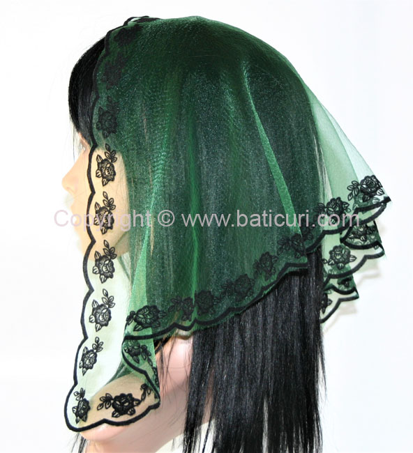 #33 Tri. rose border- Pine green/black